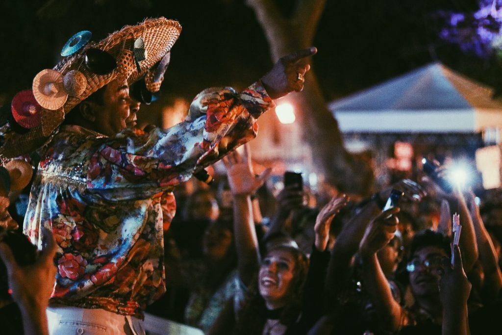 Pinduca trouxe o melhor do carimbó do Pará e contagiou o público com sua energia e espírito jovem. (Foto: Jonas Sakamoto / SobreOTatame.com)
